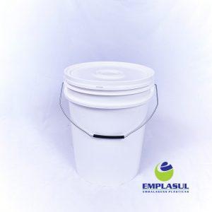 Balde 18 Litros de plástico branco da marca Emplasul