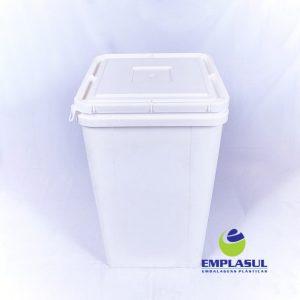 Balde 50 Litros de Plástico Branco, no formato quadrado