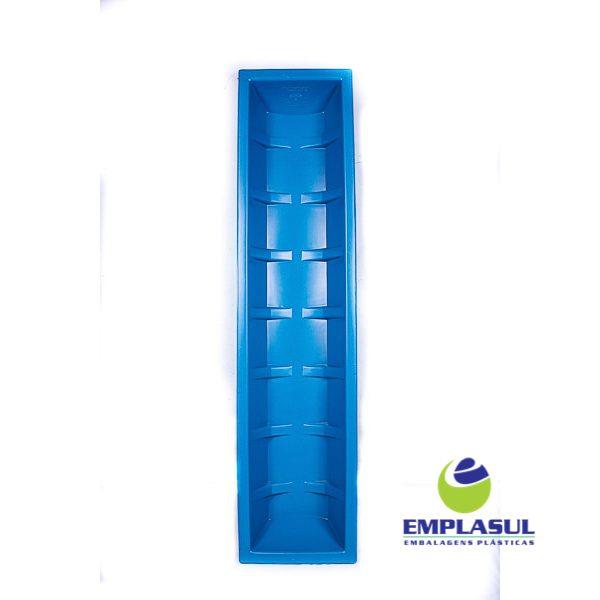 Cocho 150 Litros de plástico da marca Emplasul