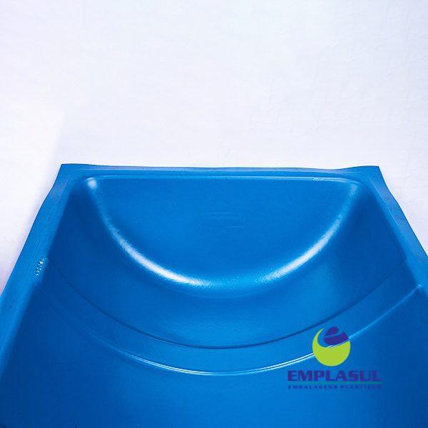 Cocho 90 Litros de plástico da marca Emplasul