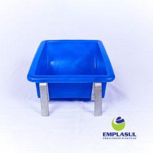 Comedouro 5 Litros de plástico azul da marca Emplasul
