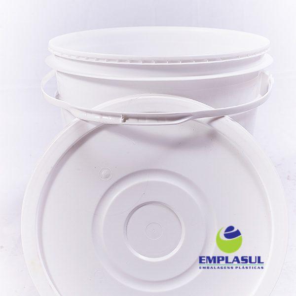 Balde 22 Litros de plástico branco da marca Emplasul