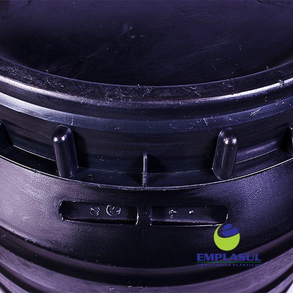 Bombona 200 Litros Preta com tampa grande da marca Emplasul